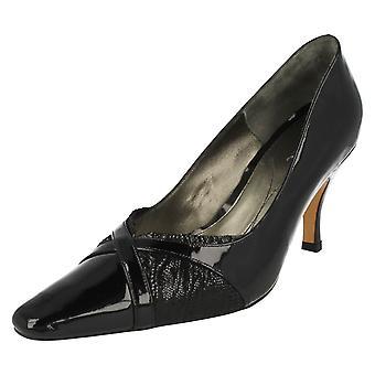 Ladies Van Dal Heeled sko Odessa