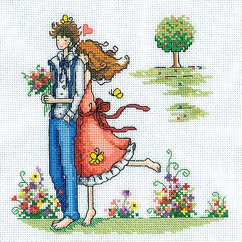 Couple In The Park Counted Cross Stitch Kit 8