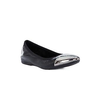 Frau wave black shoes