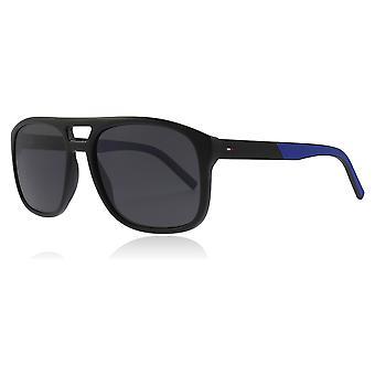 Tommy Hilfiger TH1603/S D51 schwarz / blau TH1603/S Piloten Sonnenbrille Kategorie 3 Größe 56mm Objektiv