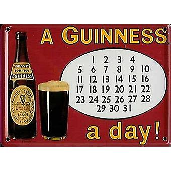 Guinness kalender metalen briefkaart / Mini Sign