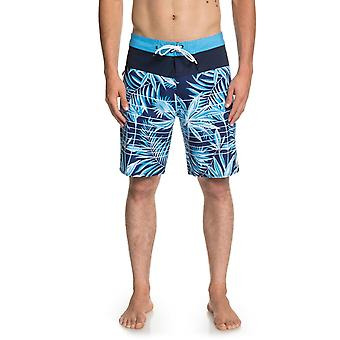 Quiksilver Highline Drained Out 19 Mid Length Boardshorts