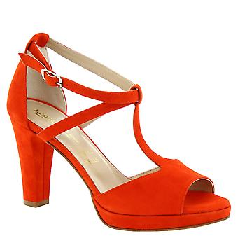 Leonardo Shoes Women's handmade ankle strap sandals in red suede leather