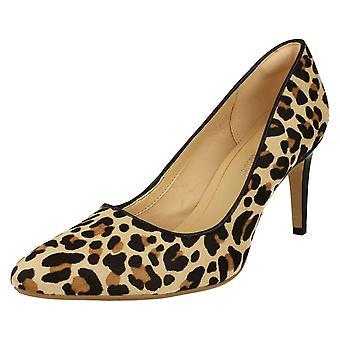Ladies Clarks Heeled Court Shoes Laina Rae