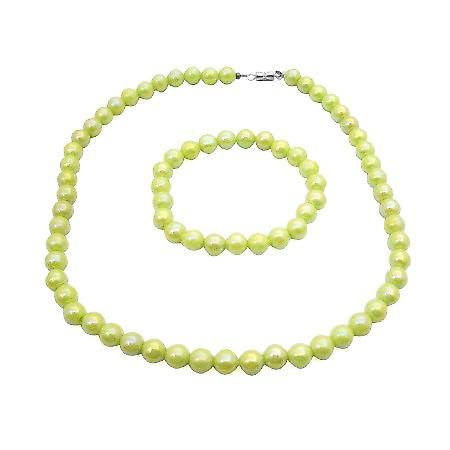 Light Green Parrot Green Girls Jewelry Round Beads Cool Color Jewelry