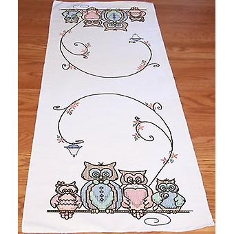 Stamped Perle Edge Table Runner 15