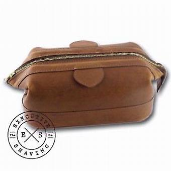 Daines and Hathaway Small Brooklyn Brown Wash Bag