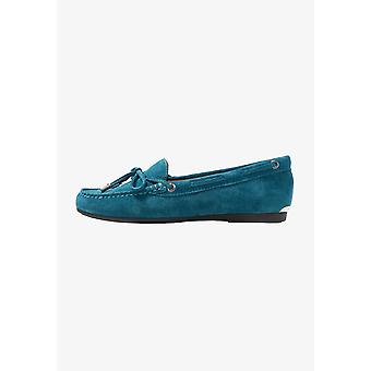 Michael Michael Kors Womens Sutton Moccasins Leather Closed Toe