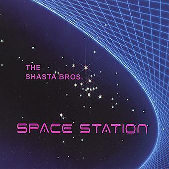 Shasta Bros. - import USA stacji kosmicznej [CD]