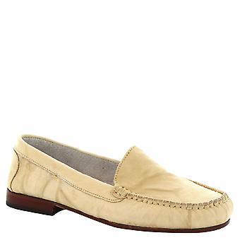 Leonardo Shoes Women's handmade slip-on loafers in cream calf leather