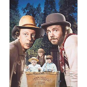 The Apple Dumpling Gang Movie Poster (11 x 17)