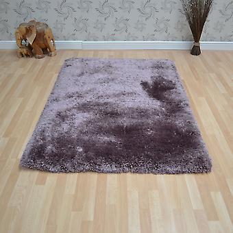 Plysch Shaggy mattor i skymning