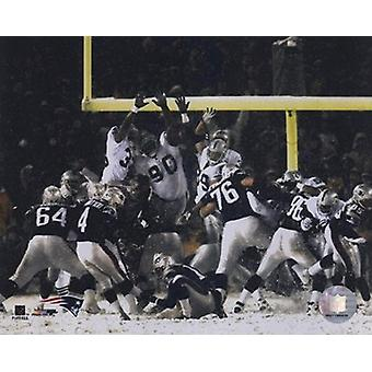 Adam Vinatieri - Game Winning Field Goal 2001 Divisional Playoffs vs Raiders Sports Photo