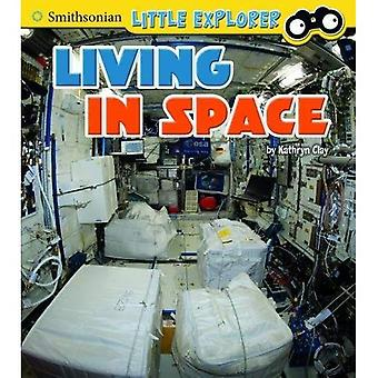Little Astronauts Pack A of 4 (Smithsonian Little Explorer: Little Astronauts)