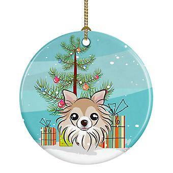 Carolines Treasures  BB1623CO1 Christmas Tree and Chihuahua Ceramic Ornament