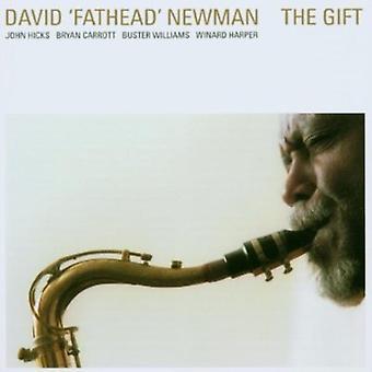 David bredhovedet Newman - gave [CD] USA importerer