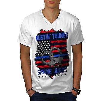 Juggs Männer t-shirt mit WhiteV-Ausschnitt speichern   Wellcoda