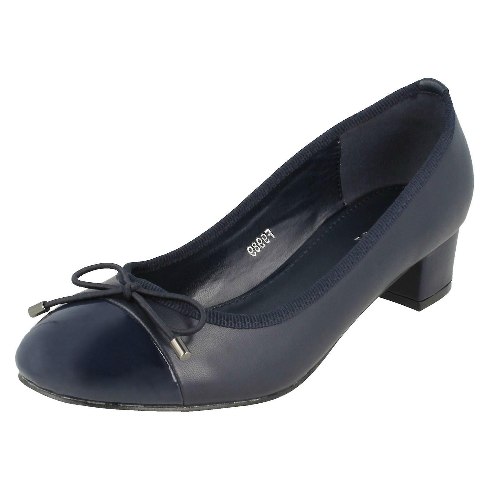Ladies Spot On Mid Heel Court scarpe F9989 | Aspetto Attraente  | Gentiluomo/Signora Scarpa