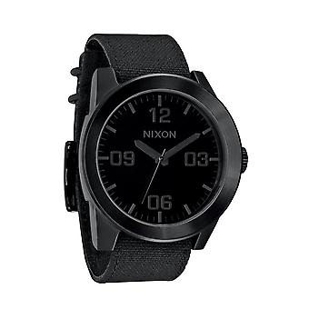 Nixon die Corporal All Black Herrenuhr (A243001)