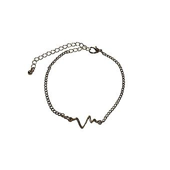 Minimalist statement bracelet with heart rate silver