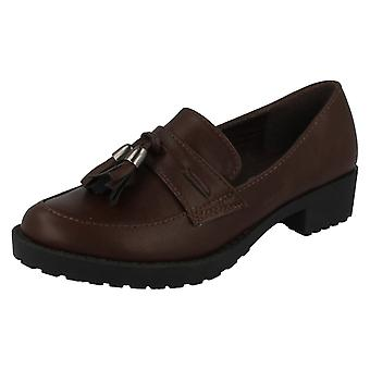 Girls Spot On Tassel Trim Loafer Flats