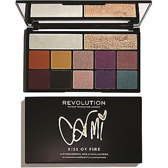 Makeup Revolution X Carmi-Kiss Of Fire
