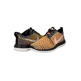 Nike Roshe Two Flyknit 844929 005 Womens Trainers