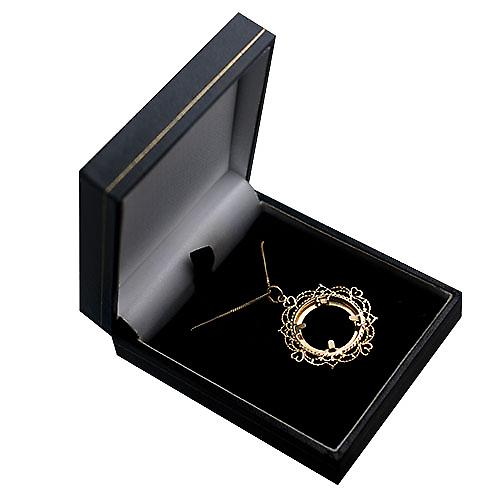 9ct Gold 32mm Half Sovereign mount with a diamond cut Bezel Pendant with a curb Chain 16 inches Only Suitable for Children