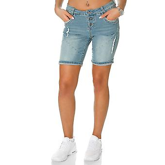 Fresh made women of jeans shorts light blue