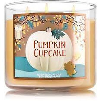 Bath & Body Works Pumpkin Cupcake 3 Wick Scented Candle 14.5 oz / 411 g