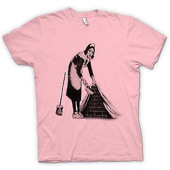 女装 t 恤-班克斯的涂鸦艺术-女佣