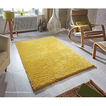 Douceur des tapis moutarde