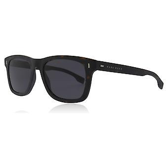 Hugo Boss BOSS 0925/S HGC Brown / Havana BOSS 0925/S Square Sunglasses Lens Category 3 Size 52mm