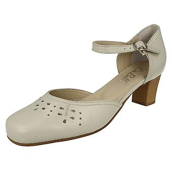 Ladies Da Bella Heeled Shoe With Cut Out Detail Gail