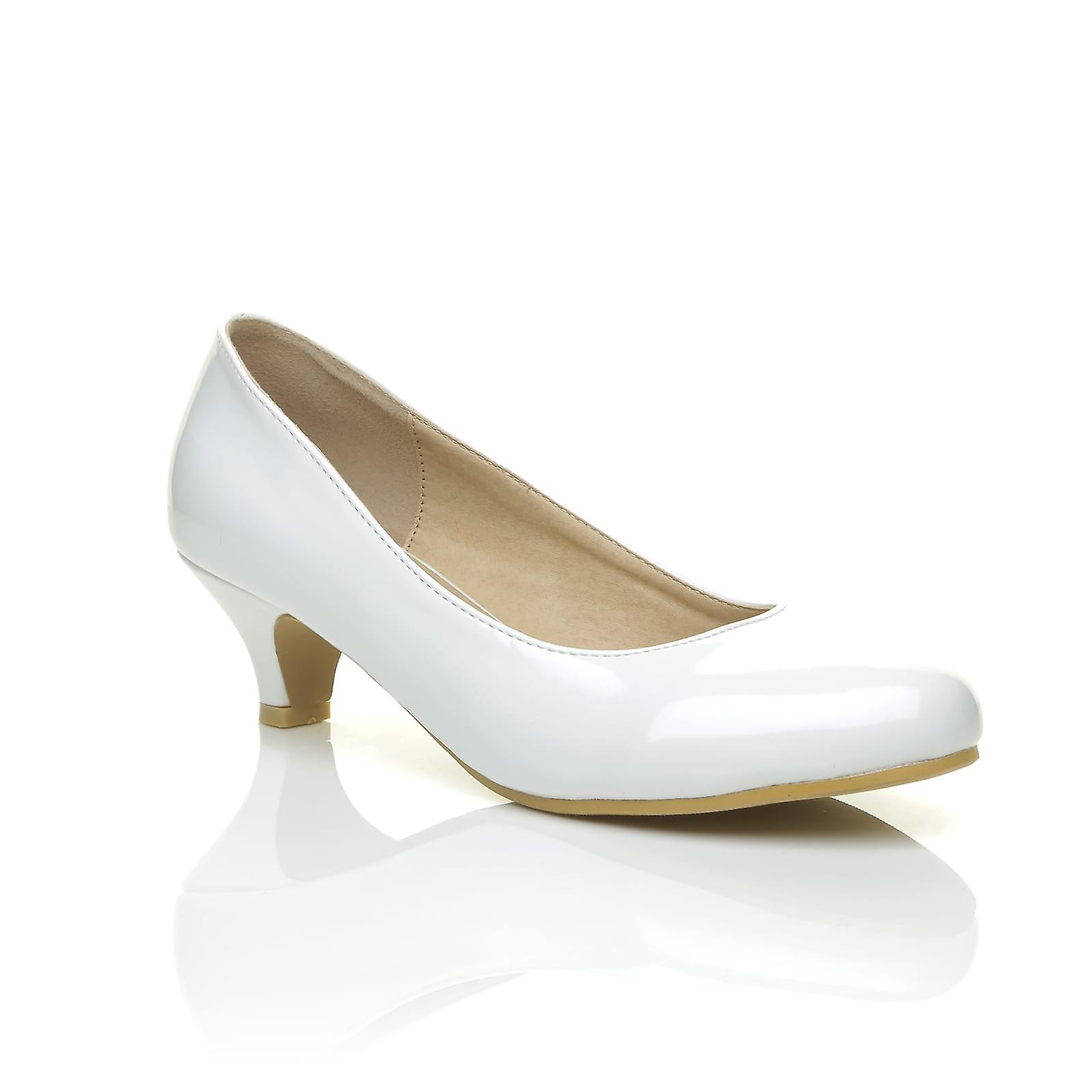 CHARM White Patent PU Leather Low Heel Heel Heel Round Toe Comfort Court Shoes e2d966