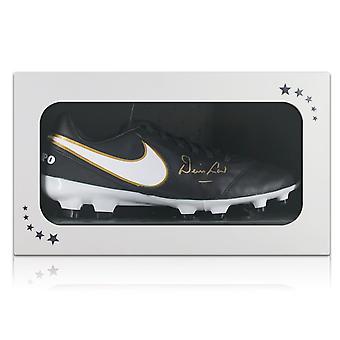Denis Law signé chaussure de Football dans une boîte cadeau