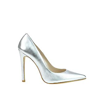 Andrea Pinto women's MCGLCAT03072E silver leather pumps