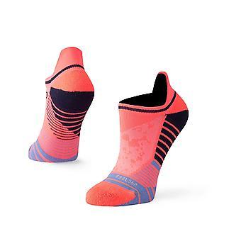 Haltung-Häcksler Tab keine Show-Socken