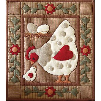 Spotty Hen Quilt Kit 13