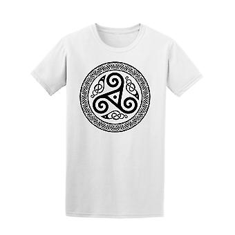 Round Celtic Design Tee Men's -Image by Shutterstock