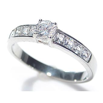 Engraved with ETEMEO - Ah! Jewellery Princess Cut Ring With A Round Centre Stone