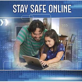 البقاء آمنة على الإنترنت ببرين ج. جينينغز-كتاب 9781474754385