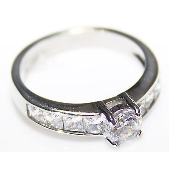 """Graverad med """"One In A Million"""" - Ah! Smycken Princess Cut Ring"""