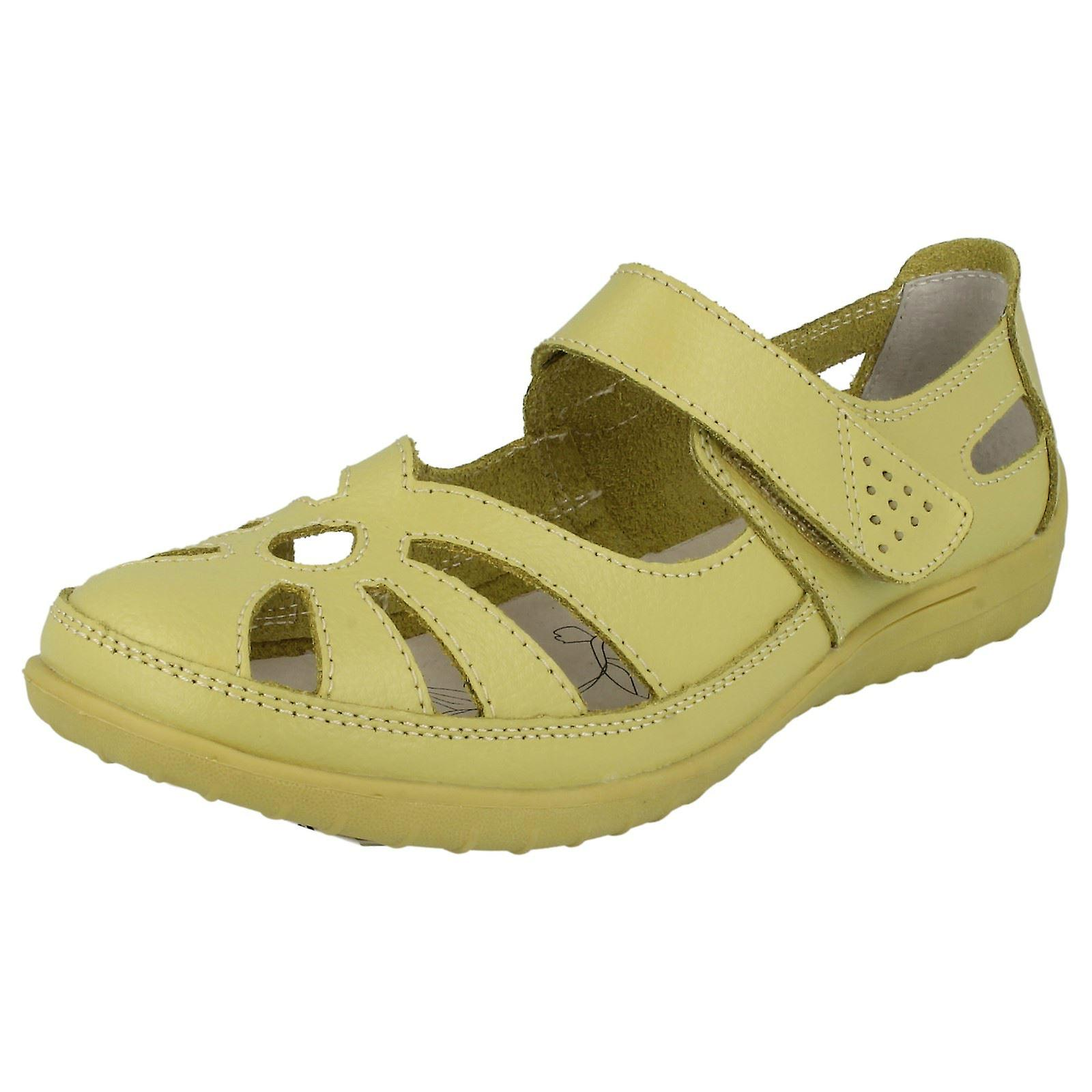Ladies Down To Earth Earth Earth Flat Cut Out Shoes 52b45d