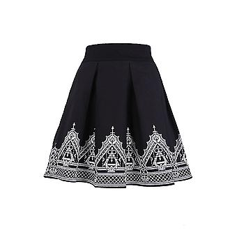 Restyle - HENNA SKIRT -  Black pleated short skirt with henna print