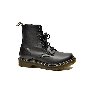 Dr. Martens women's PASCALBLACK black leather ankle boots