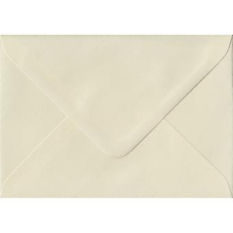 Ivory Hammer Gummed Greeting Card Coloured Ivory Envelopes. 100gsm FSC Sustainable Paper. 125mm x 175mm. Banker Style Envelope.