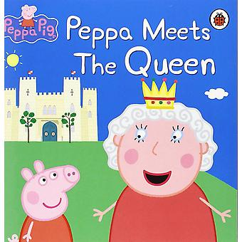 Peppa Pig - Peppa Meets the Queen (Paperback)