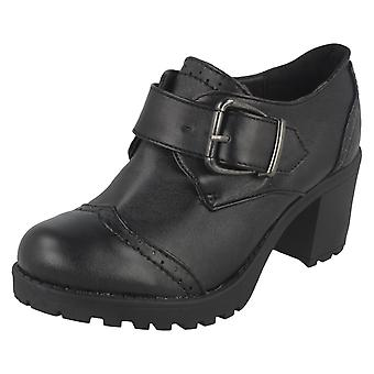 Girls Red Tag School Shoes H3033