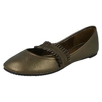 Ladies Spot On Dolly Flat Shoes